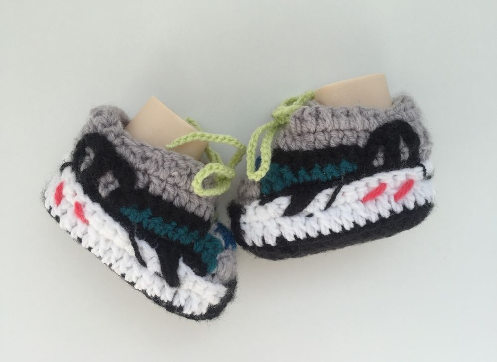 watch d75ae 979a6 Handmade Crochet Baby Yeezy 700 -Kanye West- Knitted ...