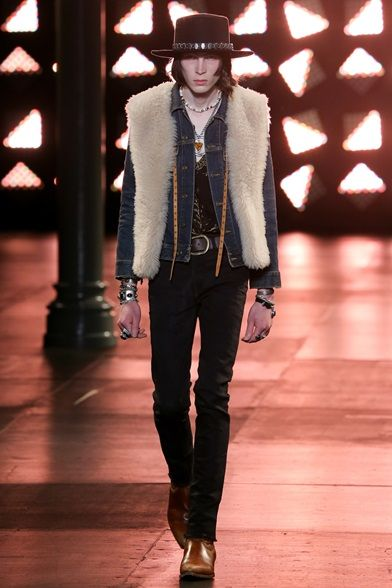 Sfilata Saint Laurent Milano Moda Uomo Primavera Estate 2015 - Vogue