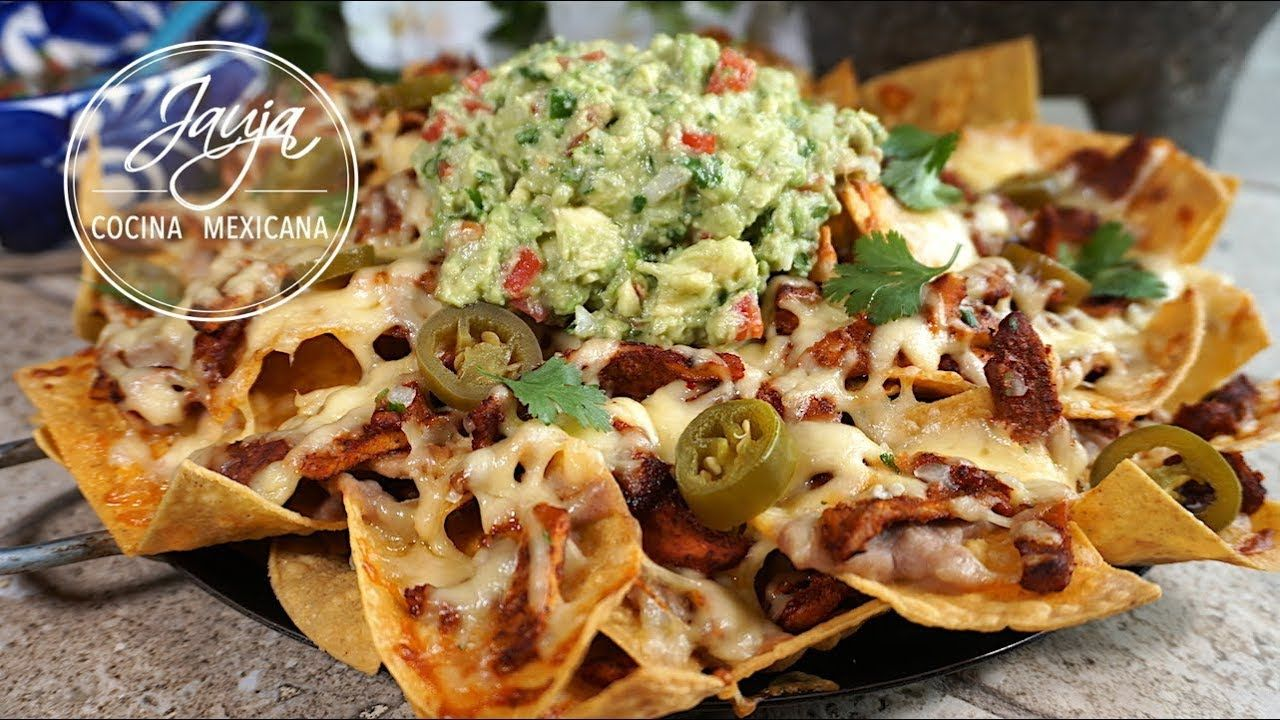 Pin by Jauja Cocina Mexicana on Antojitos Mexicanos in 2019  Nachos Mexican food recipes Mexican fast food