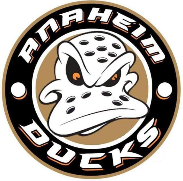 Hockeynhlteamsdecals Anaheim Ducks Duck Logo Hockey Logos