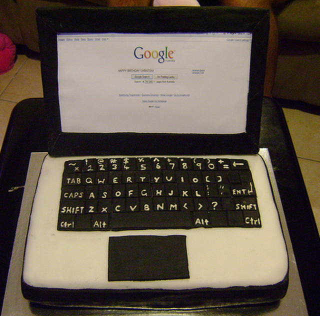 Cool And Unique Picture Of A Black White Laptop Cake