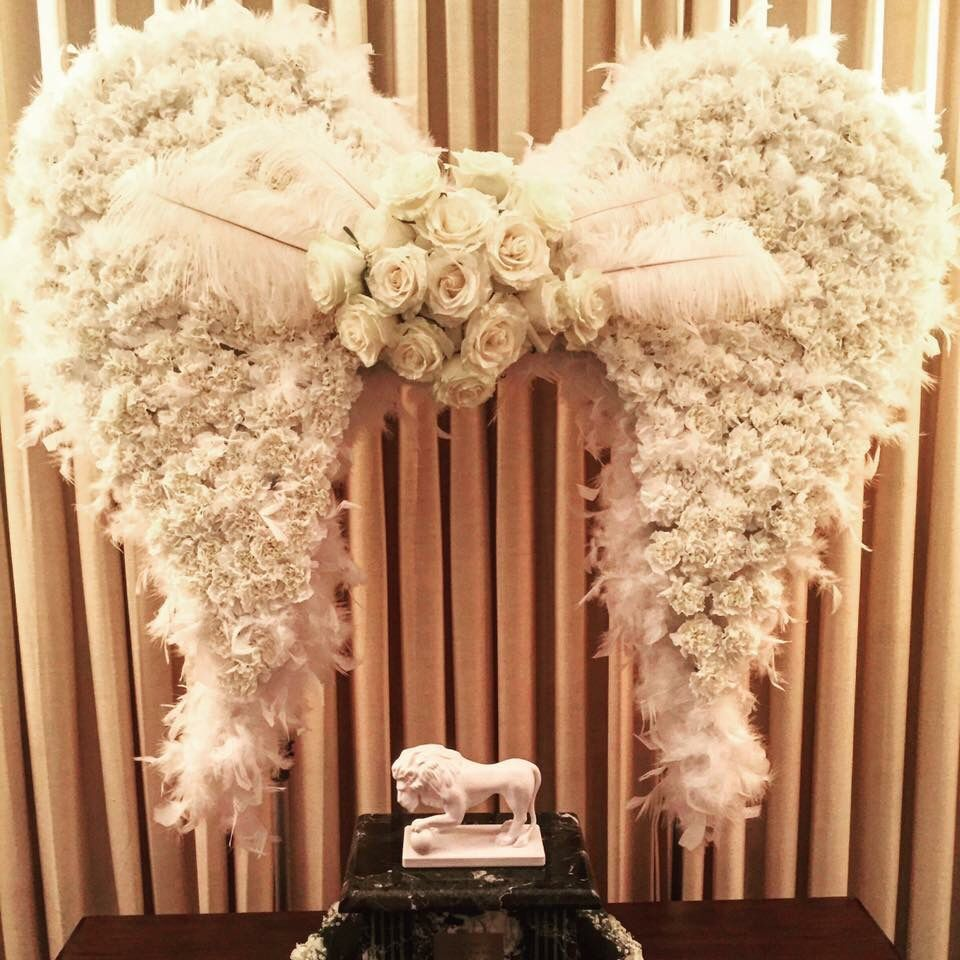 Christmas Grave Decorations Uk: Angel Wing Made Out Of Carnation, Rose And Feather