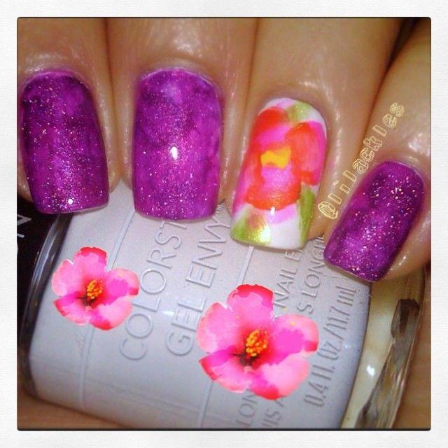 Simple Flower nailart design. #nails #nailart #notd