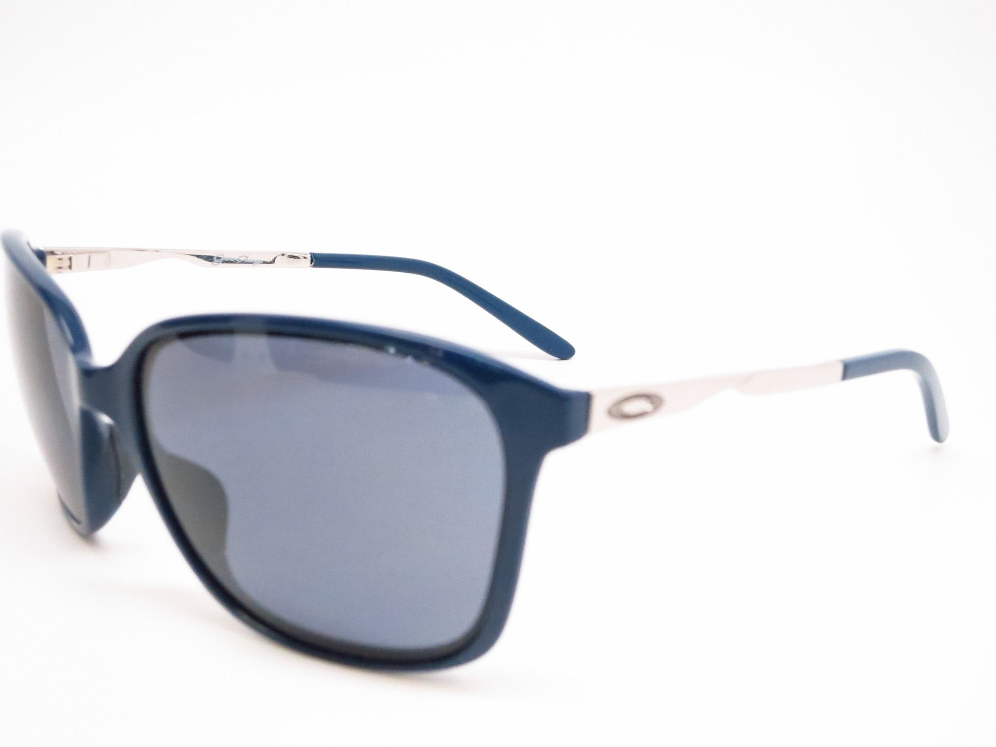 Oakley Game Changer OO9291-07 Polished Navy Sunglasses 1f93764637