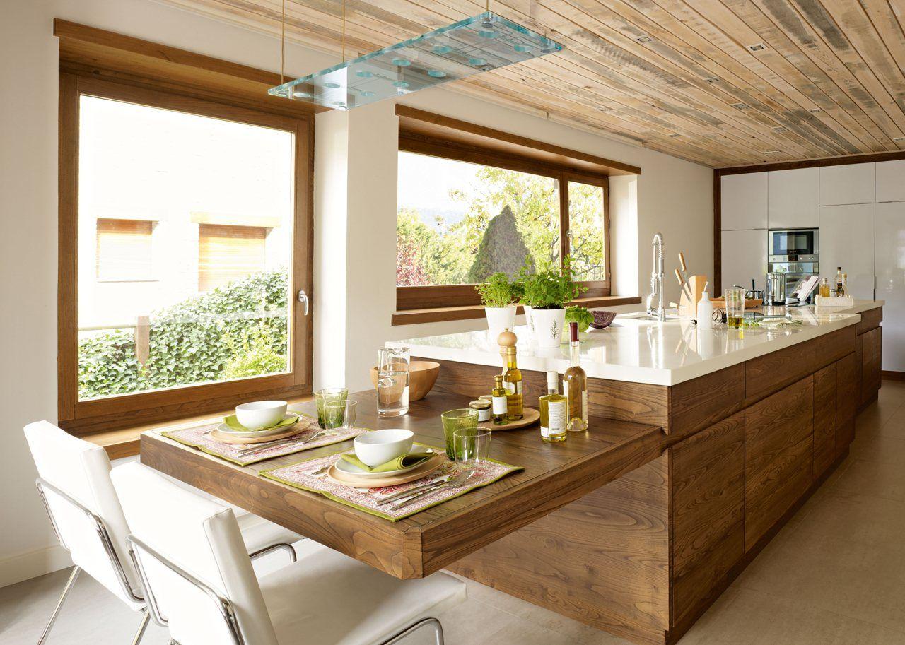 Una cocina moderna pr ctica y c lida for Cocina blanca y madera moderna