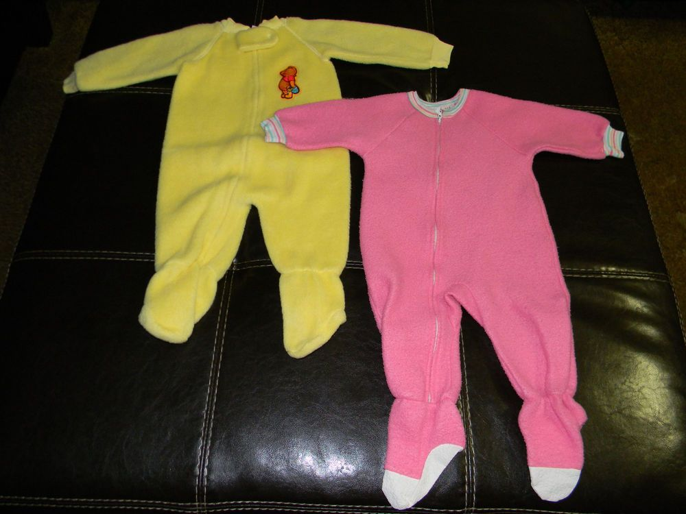 4078205d7 Vintage Baby Girl Footed Pajamas 1T (Lot of 2)  Disney  OnePiece ...