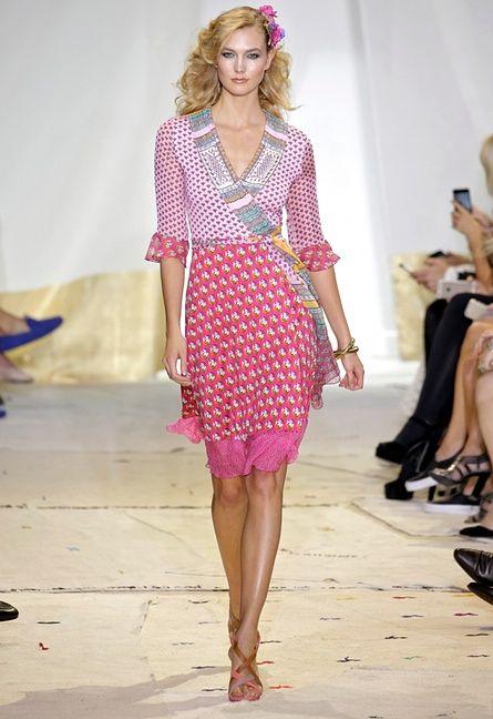 Model Karlie Kloss walks the runway at the Diane Von Fürstenberg Spring 2016 show.