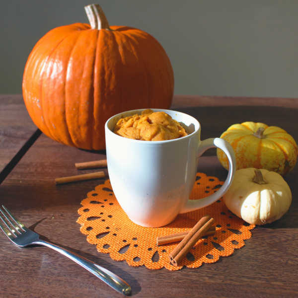 Pumpkin Protein Mug Cake - #proteinmugcakes