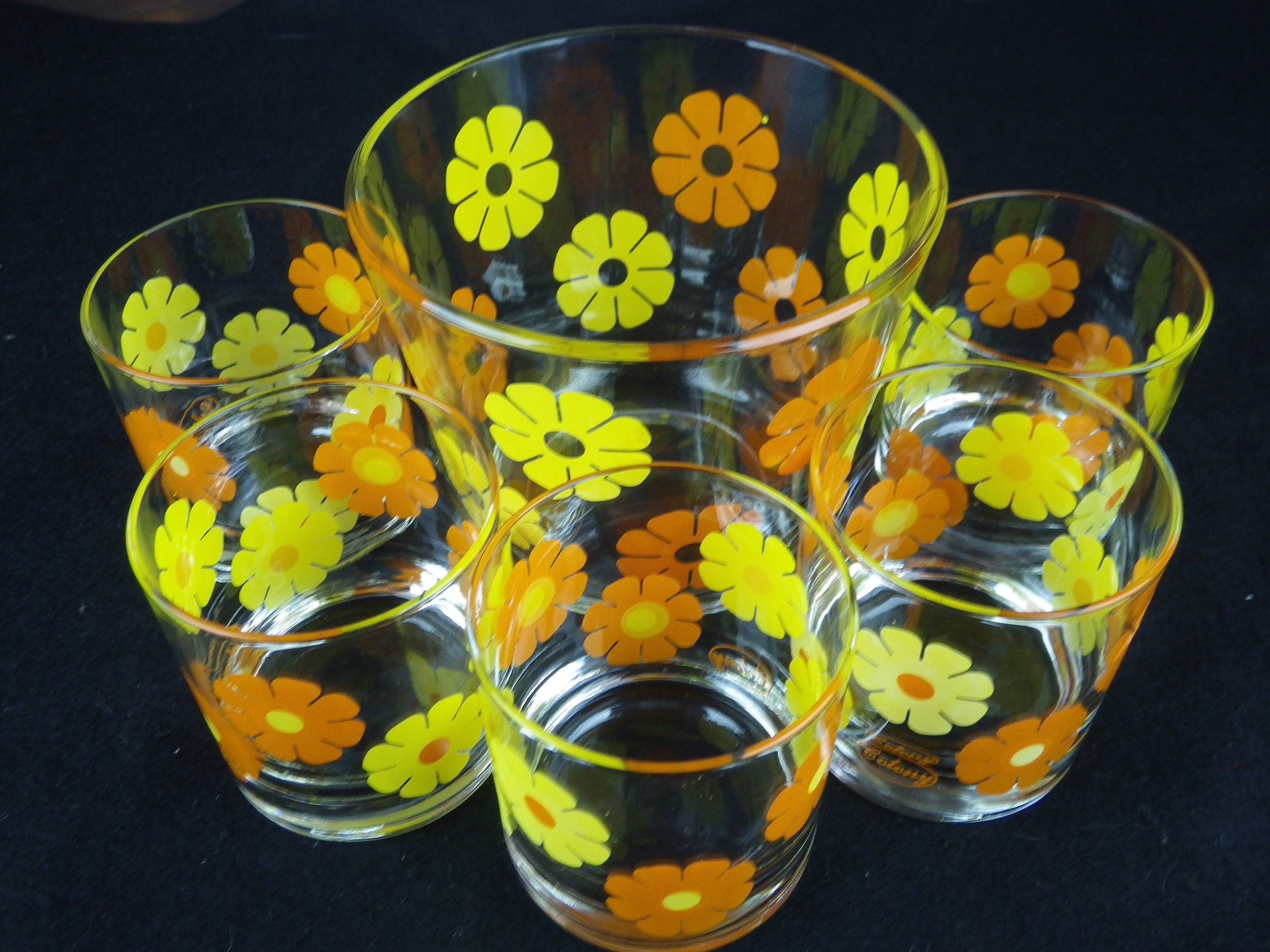Orange Flower Gles And Ice Bucket