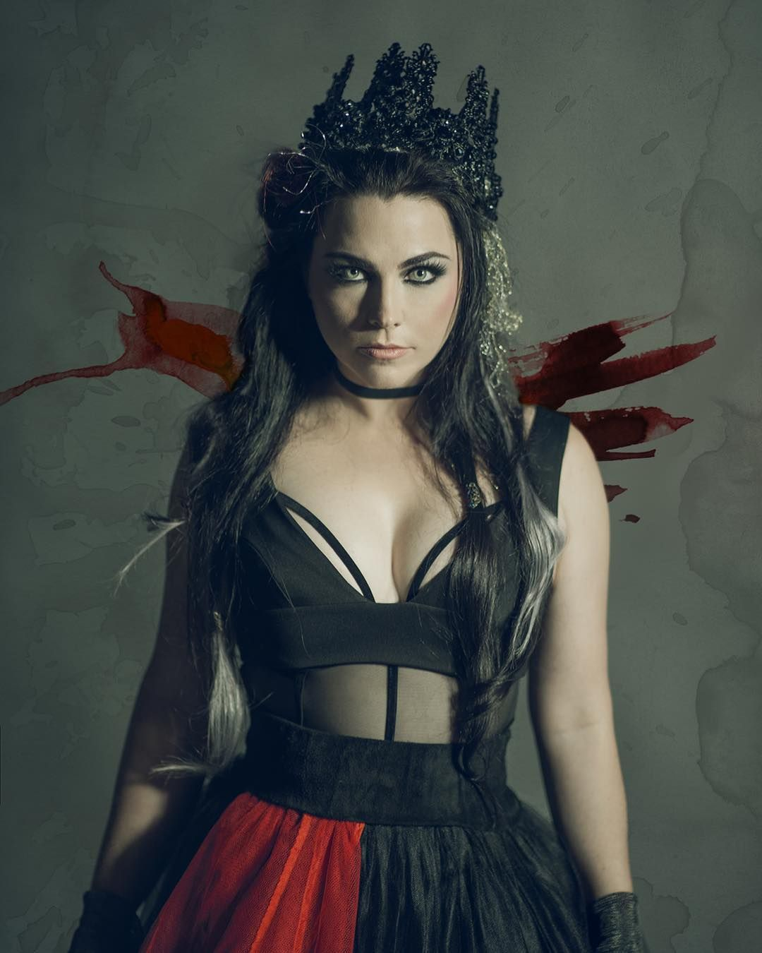 Amy Lee Photographed By P R Brown For The Cover Of Sonic Seducer 2017 Amy Lee Amy Synthie Pop