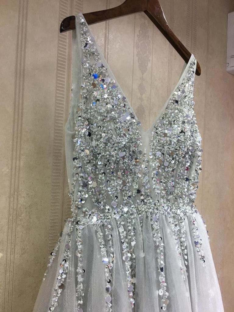 Photo of Schicke A-Linie V-Ausschnitt Silber Perlen Bescheiden Langes Abendkleid Abendkleid – AmyPr …