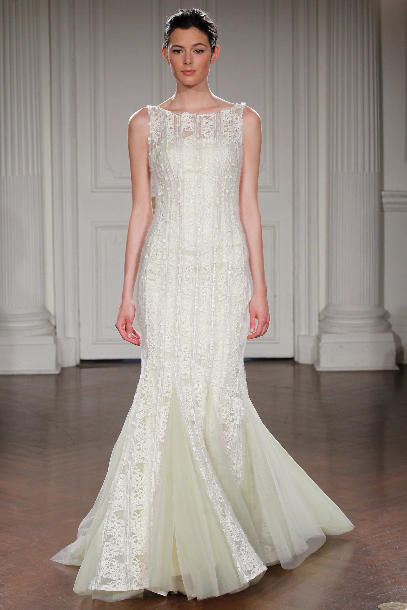 JASMINE - Mermaid gown in silk organza with crystals embroidered