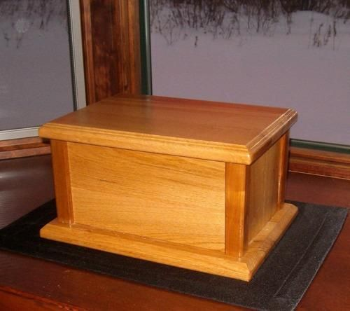 Free wood cremation urn box plans build it pinterest for Box blueprint maker