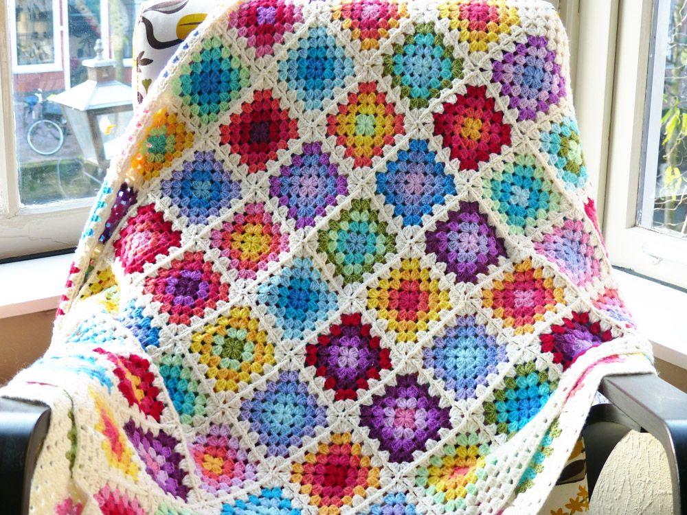 Free Crochet Pattern Colourful Rainbow Granny Square Blanket