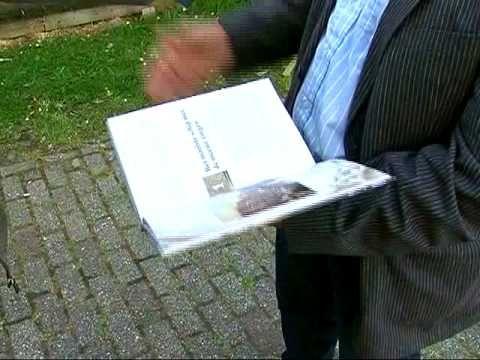 Klaas Jansma en Johan Prins over het skûtsje Aebelina en het boek 'De doem van eer. Aebelina. Pronkjuweel van het Skûtsjemuseum' in de uitzending van GPTV van 10-06-2009.