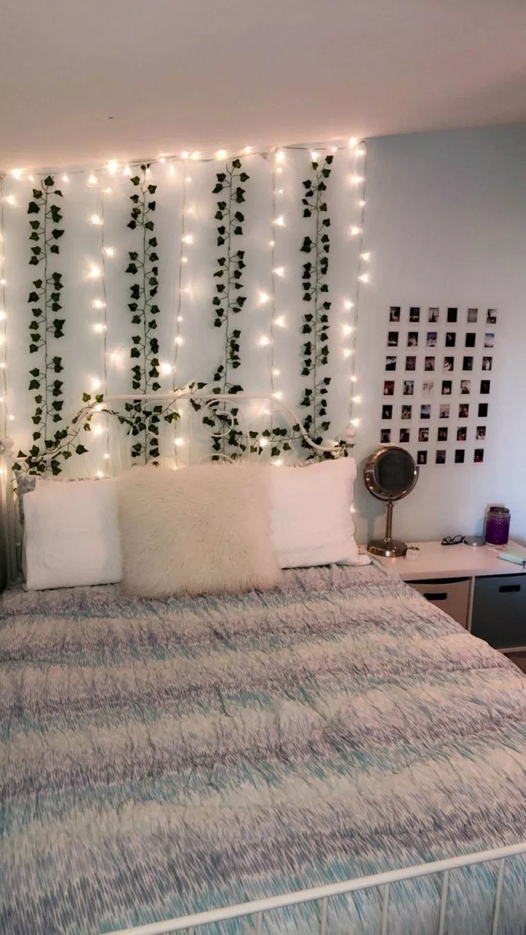 Led Wall Vine Lights In 2020 Small Room Bedroom Luxurious