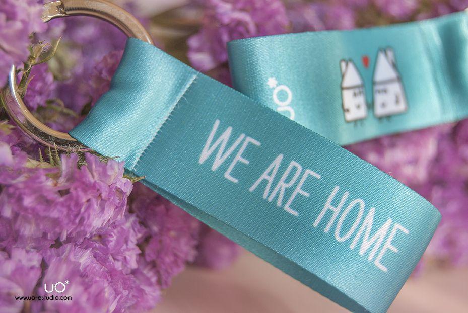 """Llavero: """"We are home"""" para abrir auténticos niditos de amor, disponible en latiendadeuo.com"""