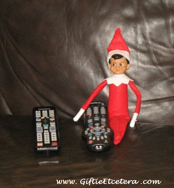 21 Epic Elf On The Shelf Ideas For Lazy Parents Elf On The Shelf