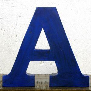 Buchstabe A Blaujetzt auf Fab