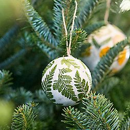 How-To: Pressed Flower Globe Ornaments