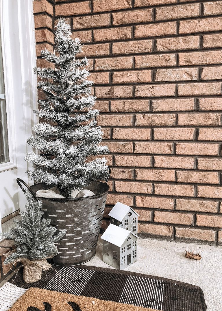 DIY Faux Flocked Christmas Trees for your Porch Flocked
