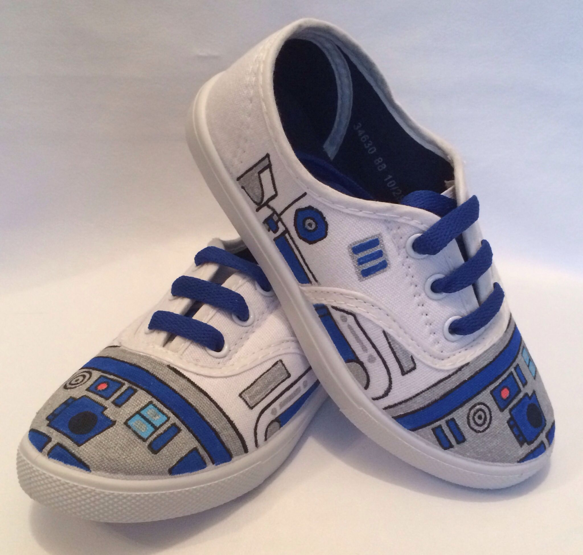 03caa8530183c Star Wars R2D2 shoes by the custom underground #starwars | (G)Eeeek ...