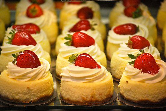 Mini New York cheesecakes (finger food idea 3). #wedding ...