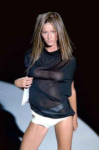 Gisele Bundchen At Gucci S S  Often Imitated Never Duplicated
