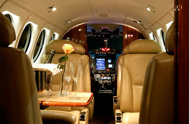 Beechcraft King Air 250 Private Turbo Prop (With images