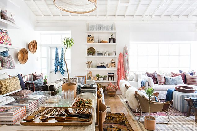Top 10 Interior Design Bloggers To Follow In 2015 With Images Amber Interiors Shoppe Amber Interiors Home Decor