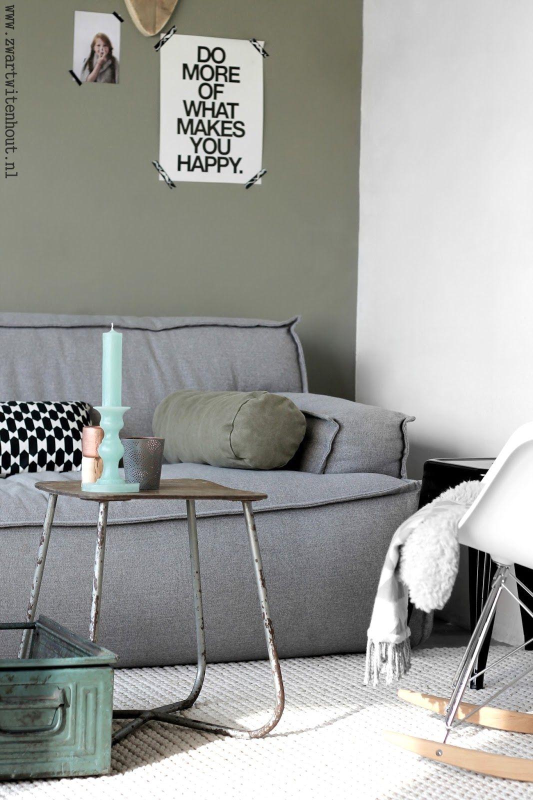 Woonkamer zwart wit hout interieur meubilair idee n - Houtkleur zwart ...