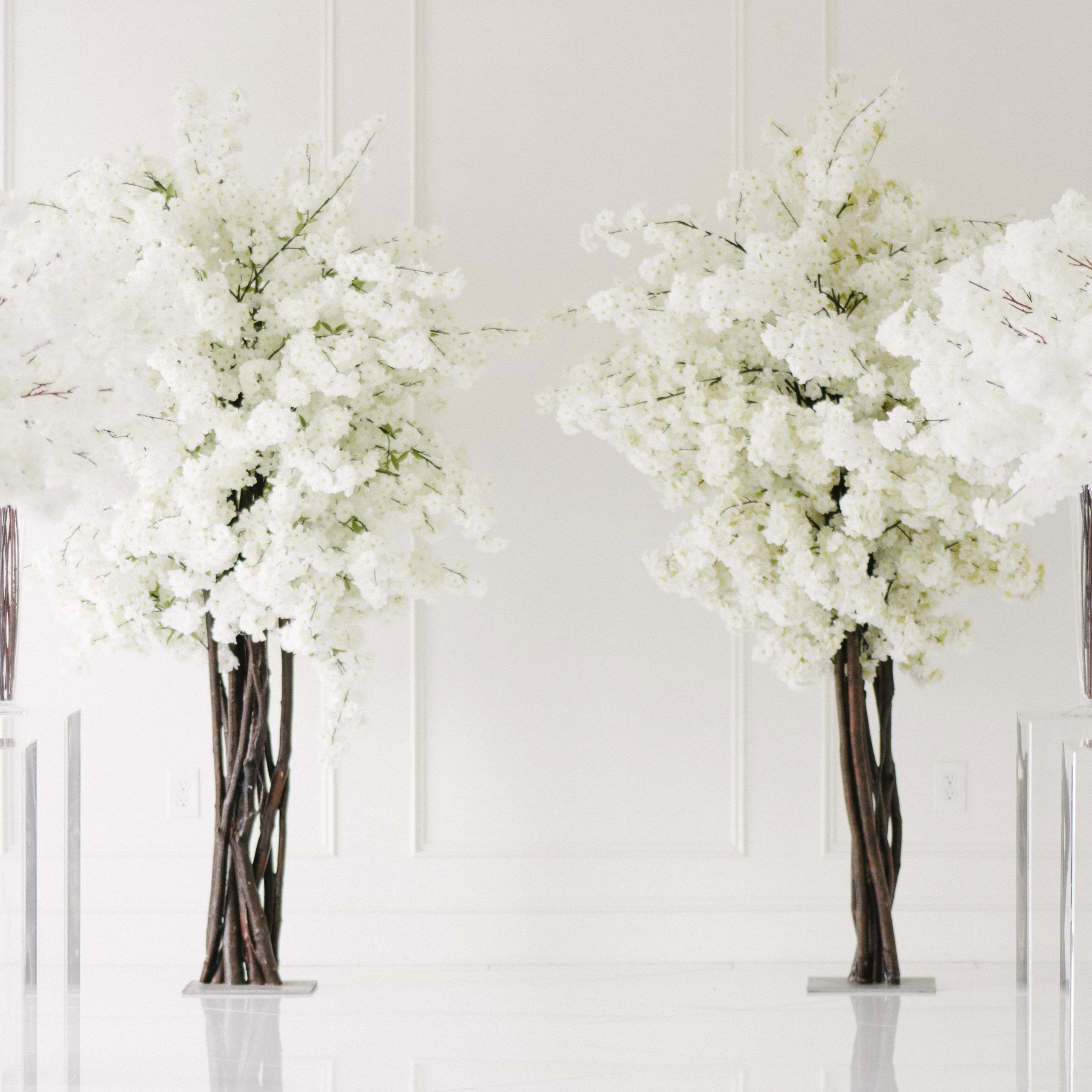 Dulce White Blossom Tree Rental Vintagebash White Blossom Tree Blossom Trees White Cherry Blossom