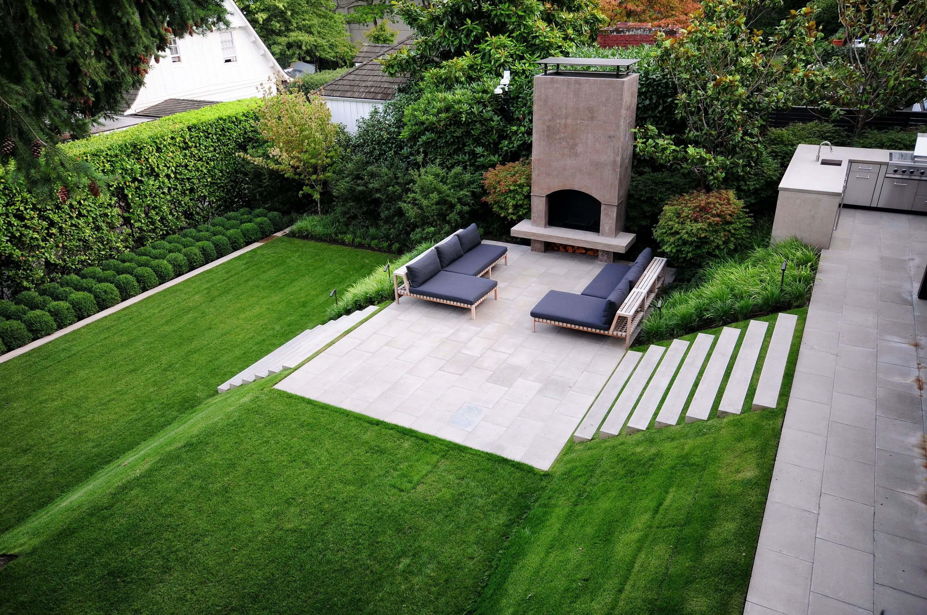 The Awestruck Garden Design Trends 10  Modern garden design