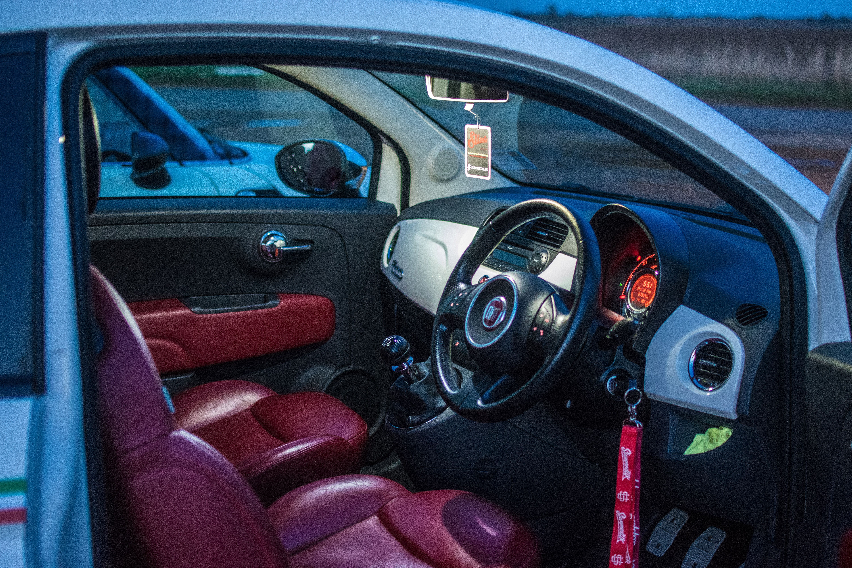 fiat italy hire rent sports luxury abarth a competizione car