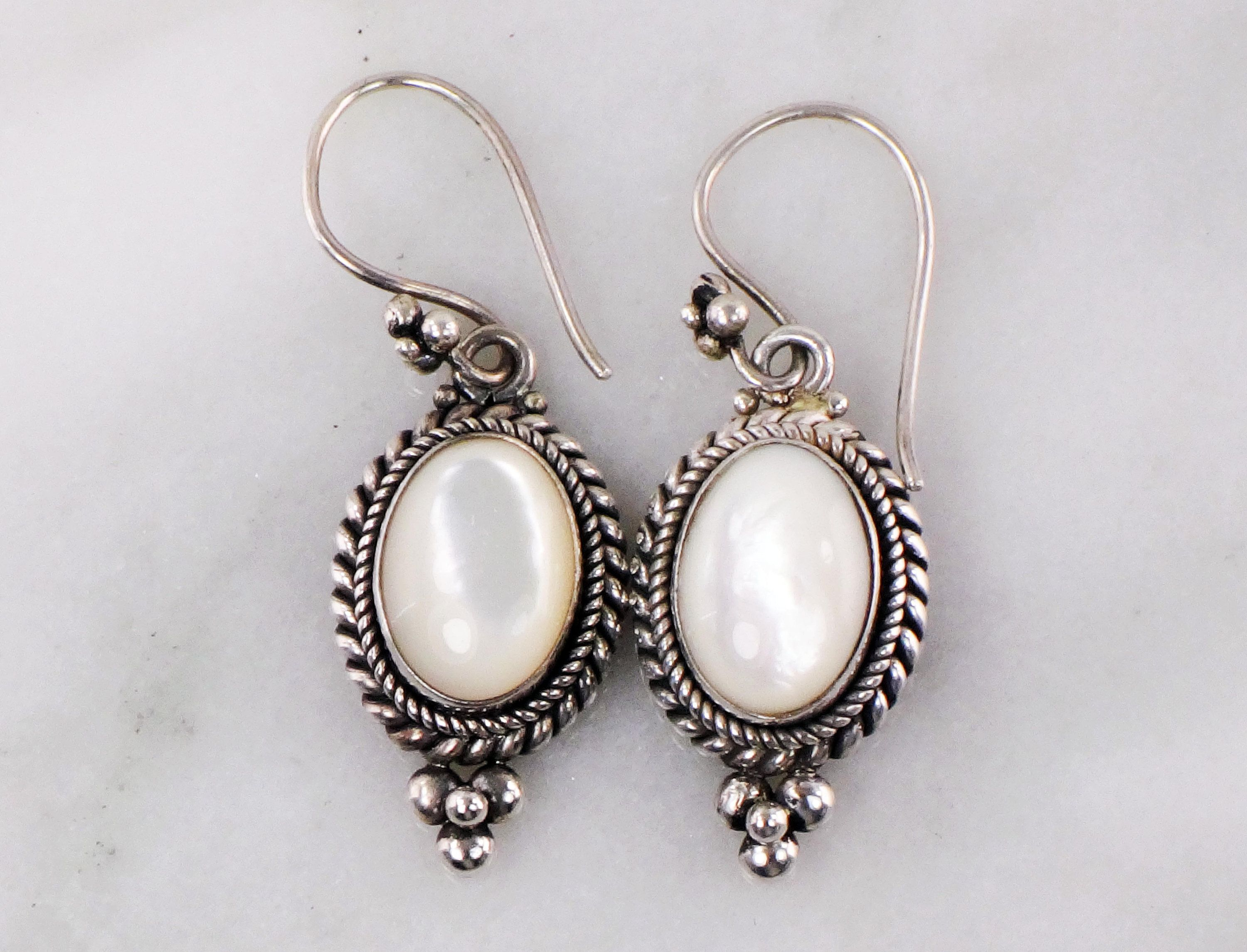 Sterling Silver Mother Of Pearl Wholesale Gemstone Fashion Jewelry Drop Earrings