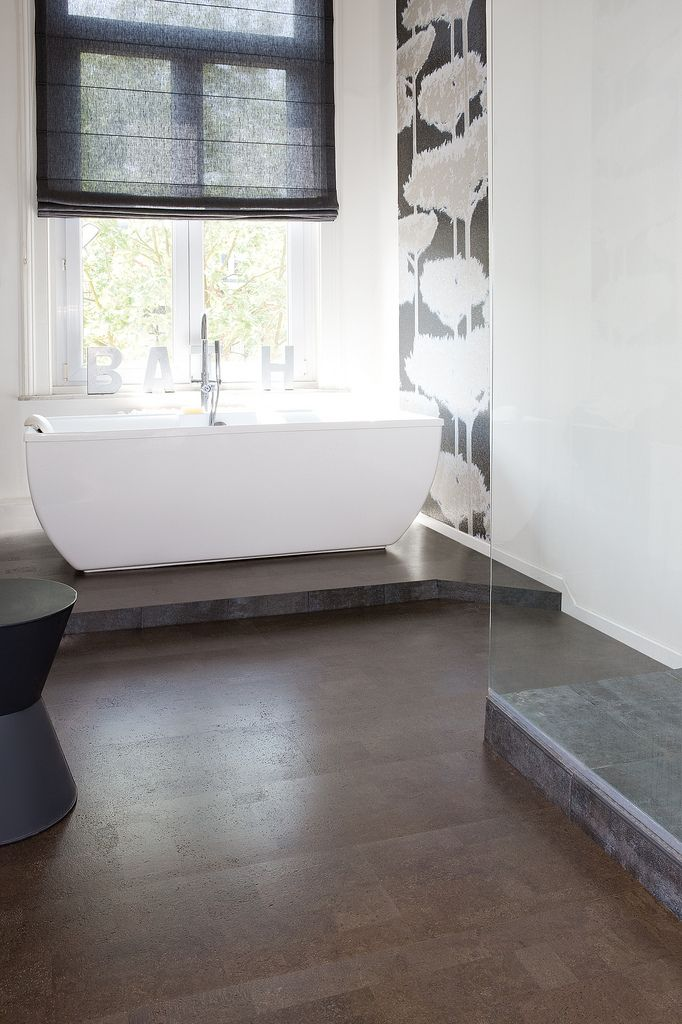 Cork Flooring: Bathroom