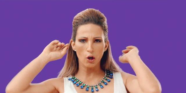 Valesca Popozuda lança clipe em parceria com a marca Veja