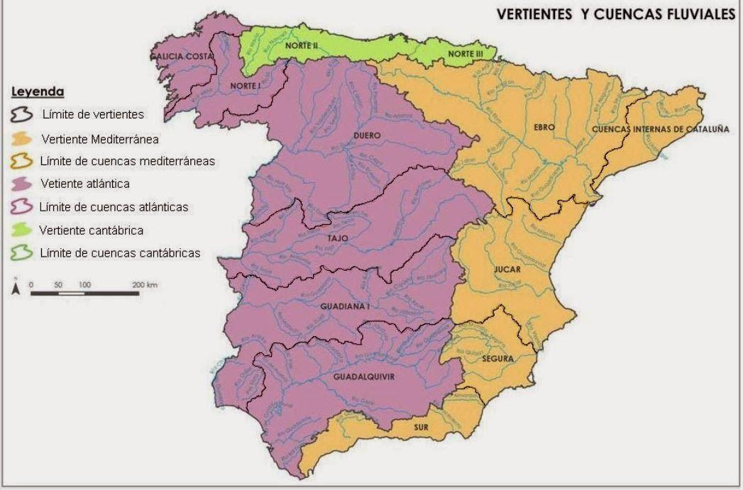 Mapa de cuencas y vertiente fluviales.