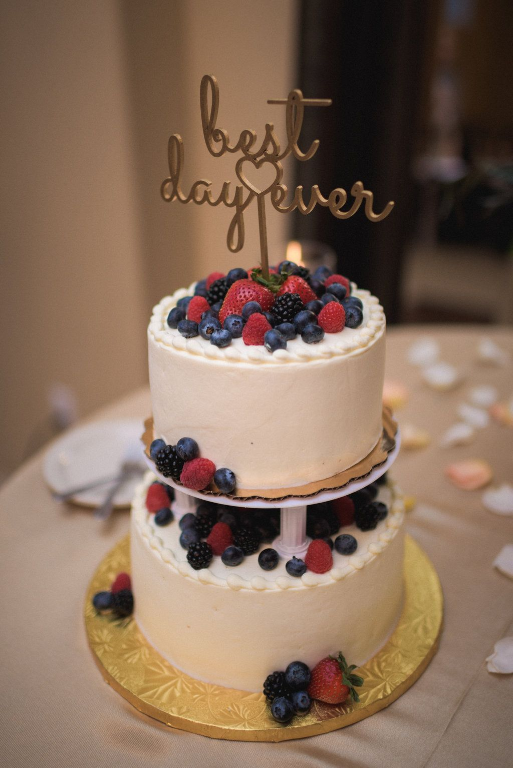 whole foods berry chantilly wedding cake 9 19 15 pinterest wedding cake berry and cake. Black Bedroom Furniture Sets. Home Design Ideas