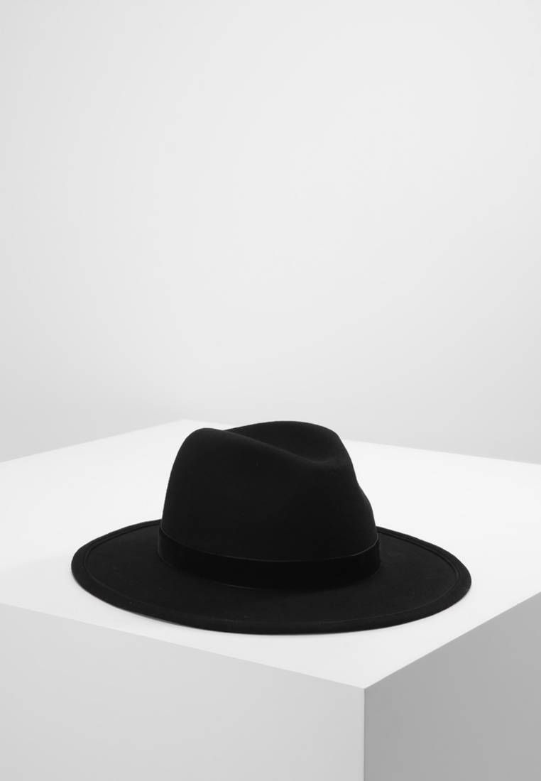 The Kooples. Cappello - black. Avvertenze non lavare. Circonferenza ... 82d7544699e0