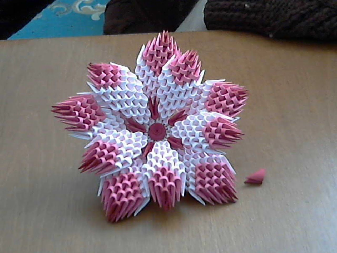 How To Make 3d Origami Flower Model1 Youtube Origami Flowers