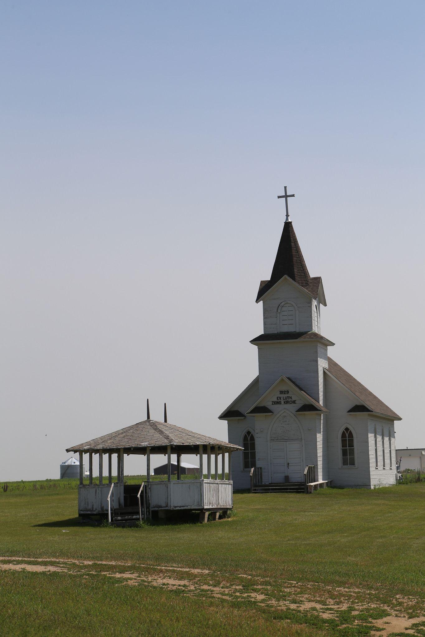 Ashley North Dakota Mcintosh County Nd Church Architecture Country Church Old Churches