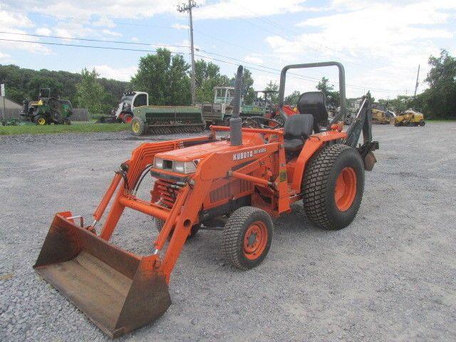 1990 Kubota L2250 4x4 Compact Tractor W Loader Backhoe Tractors Compact Tractors Tractors For Sale