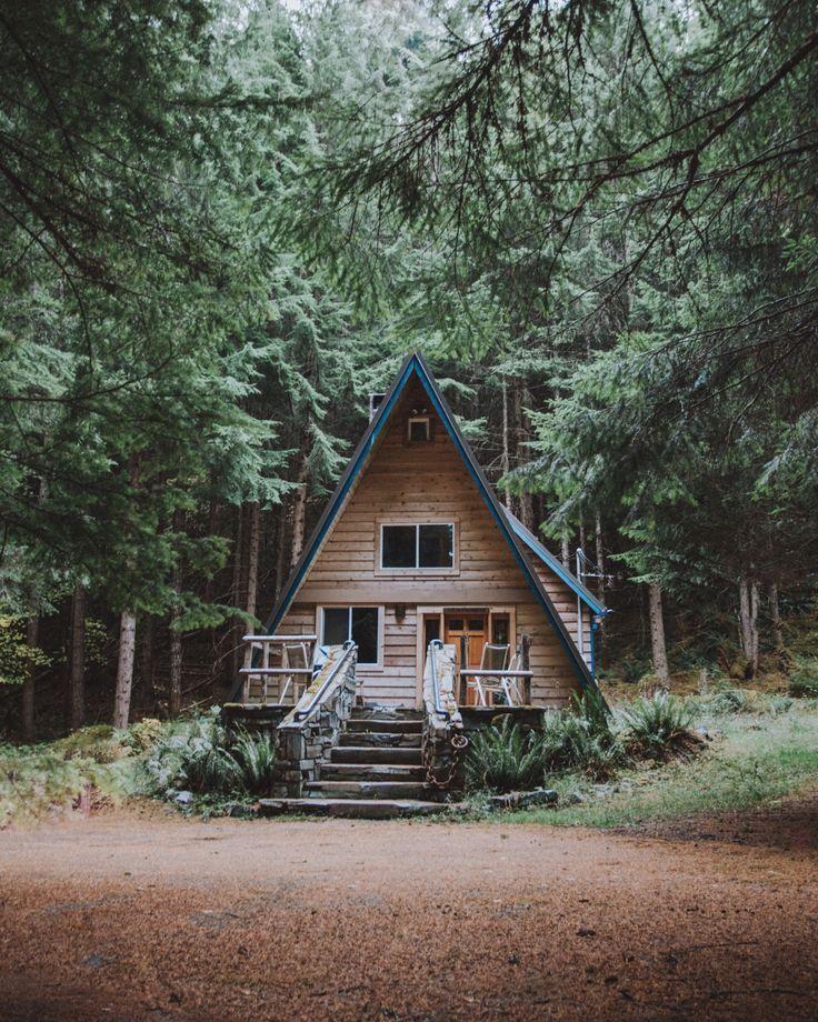 gartenhaus im wald mehr auf garten pflaster pinterest h tten. Black Bedroom Furniture Sets. Home Design Ideas