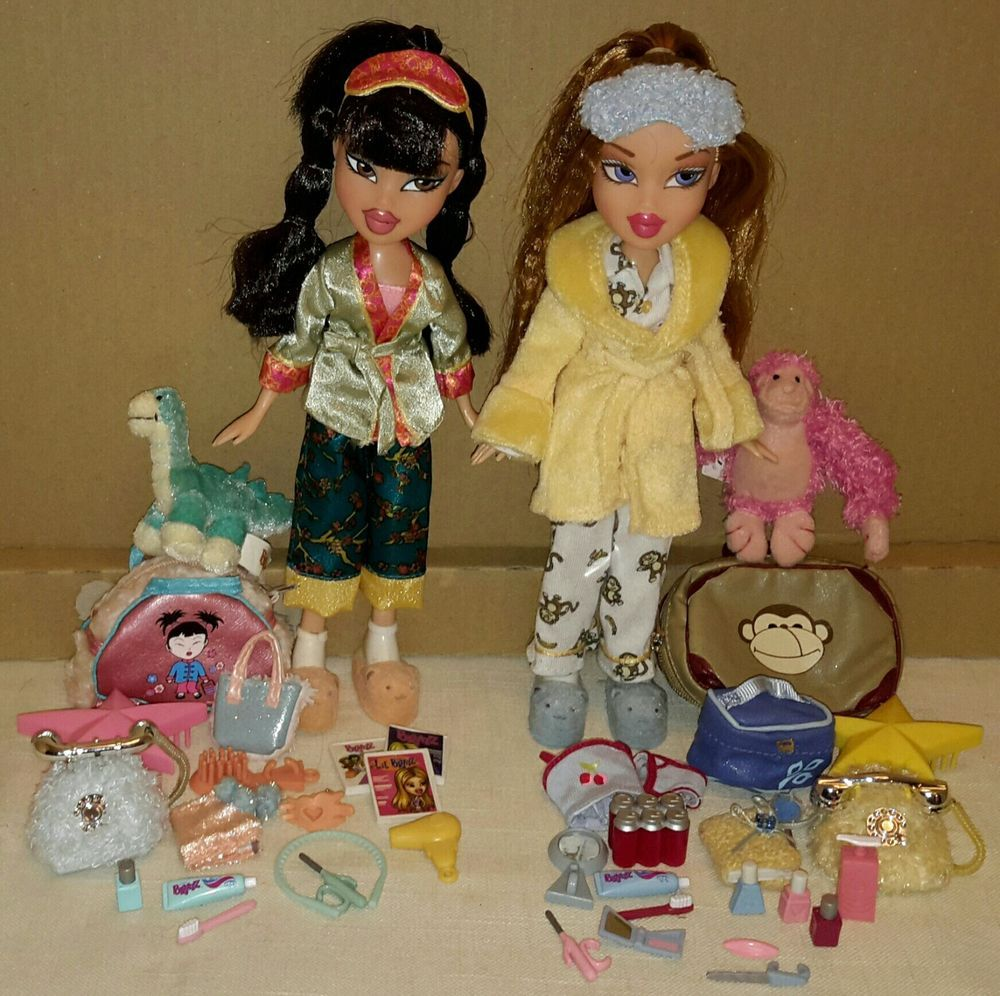 Bratz Slumber Party Meygan Long Haired Jade With Almost All