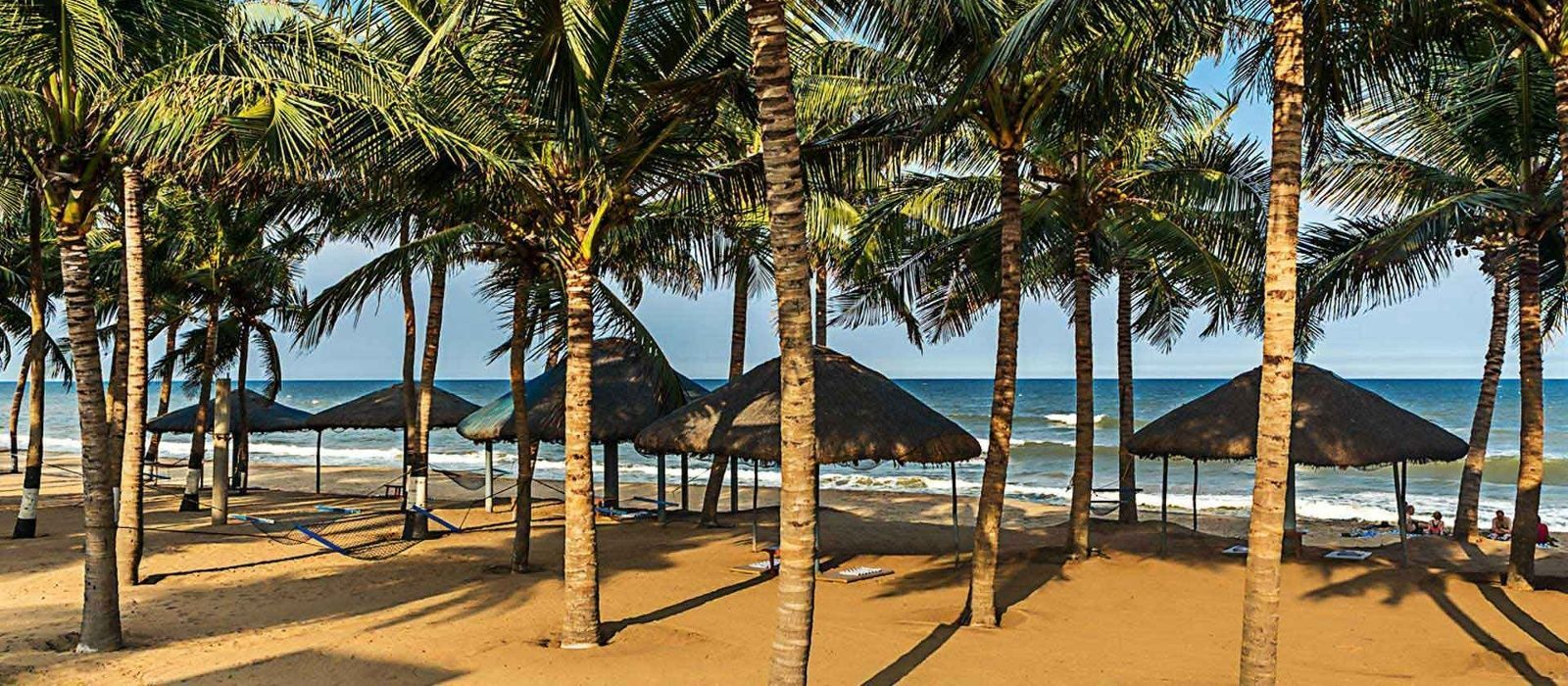 Ideal Beach Resort In Ecr Chennai For Team Building Activities Is Located Along The Mahabalipuram Stretch Provid Beach Resorts Team Building Activities Outdoor