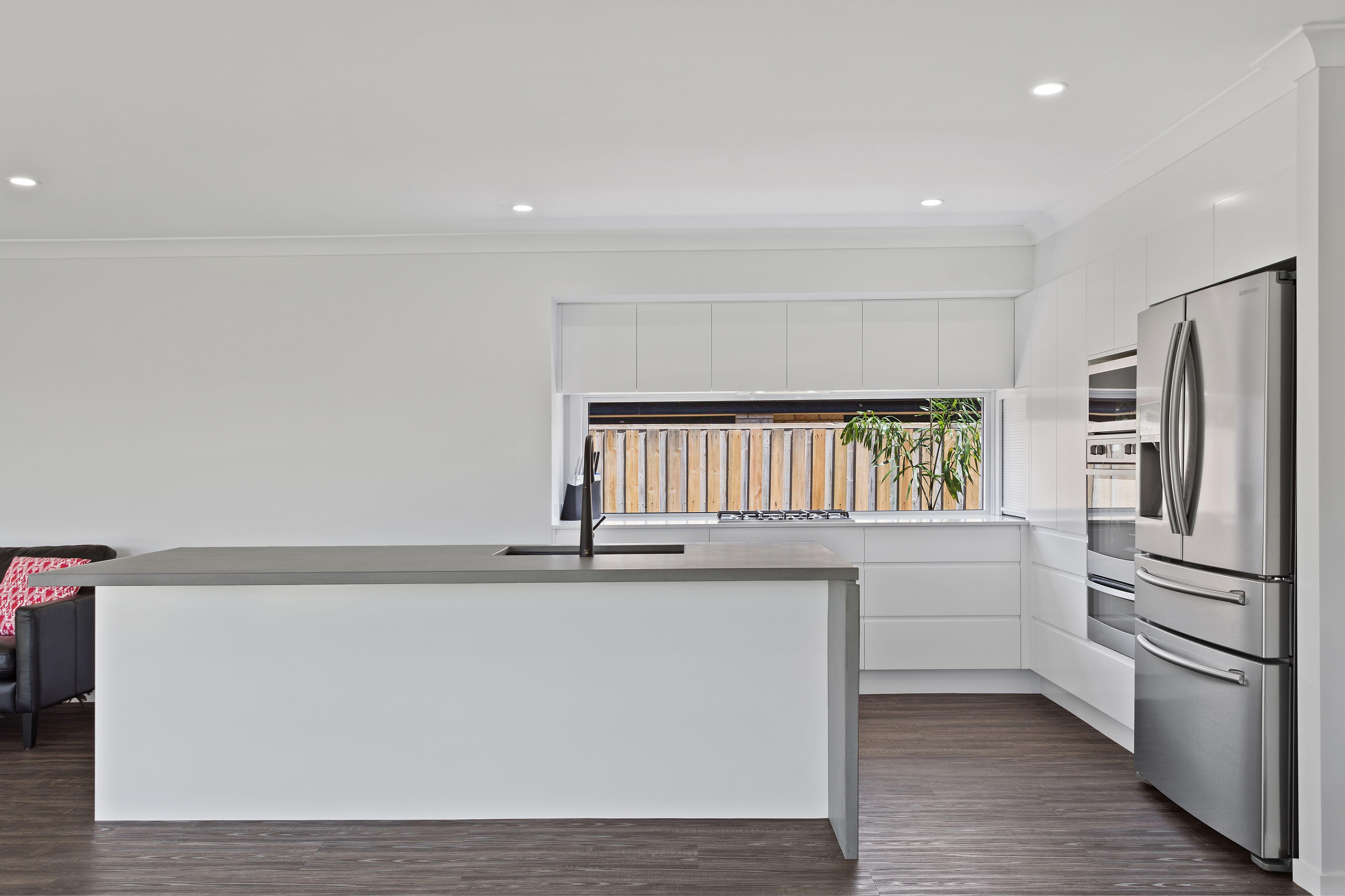 2pak doors Draws & panels in 60% Gloss White ~ J mould handles ...