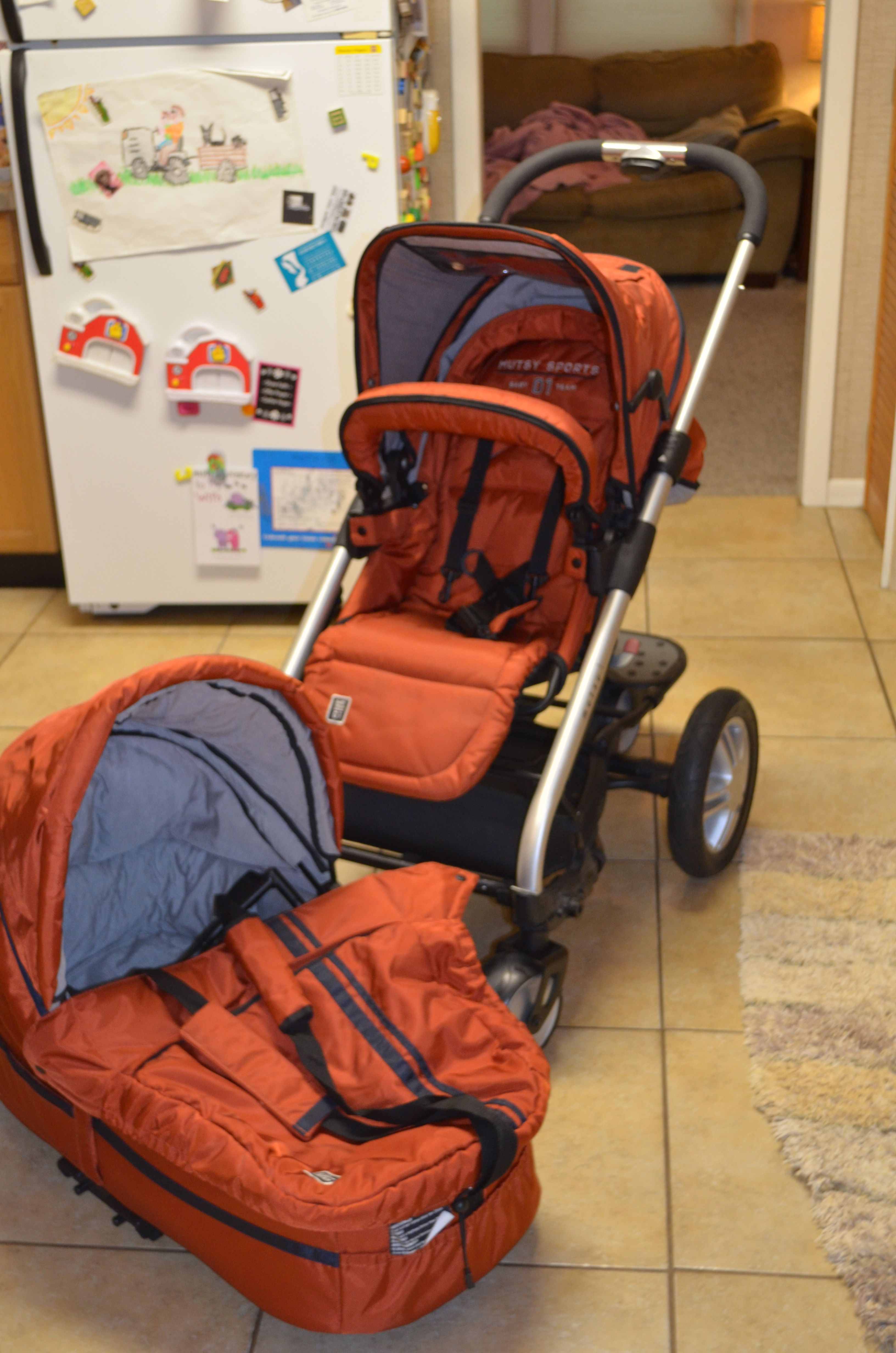 Mutsy stroller that comes with different attachments so