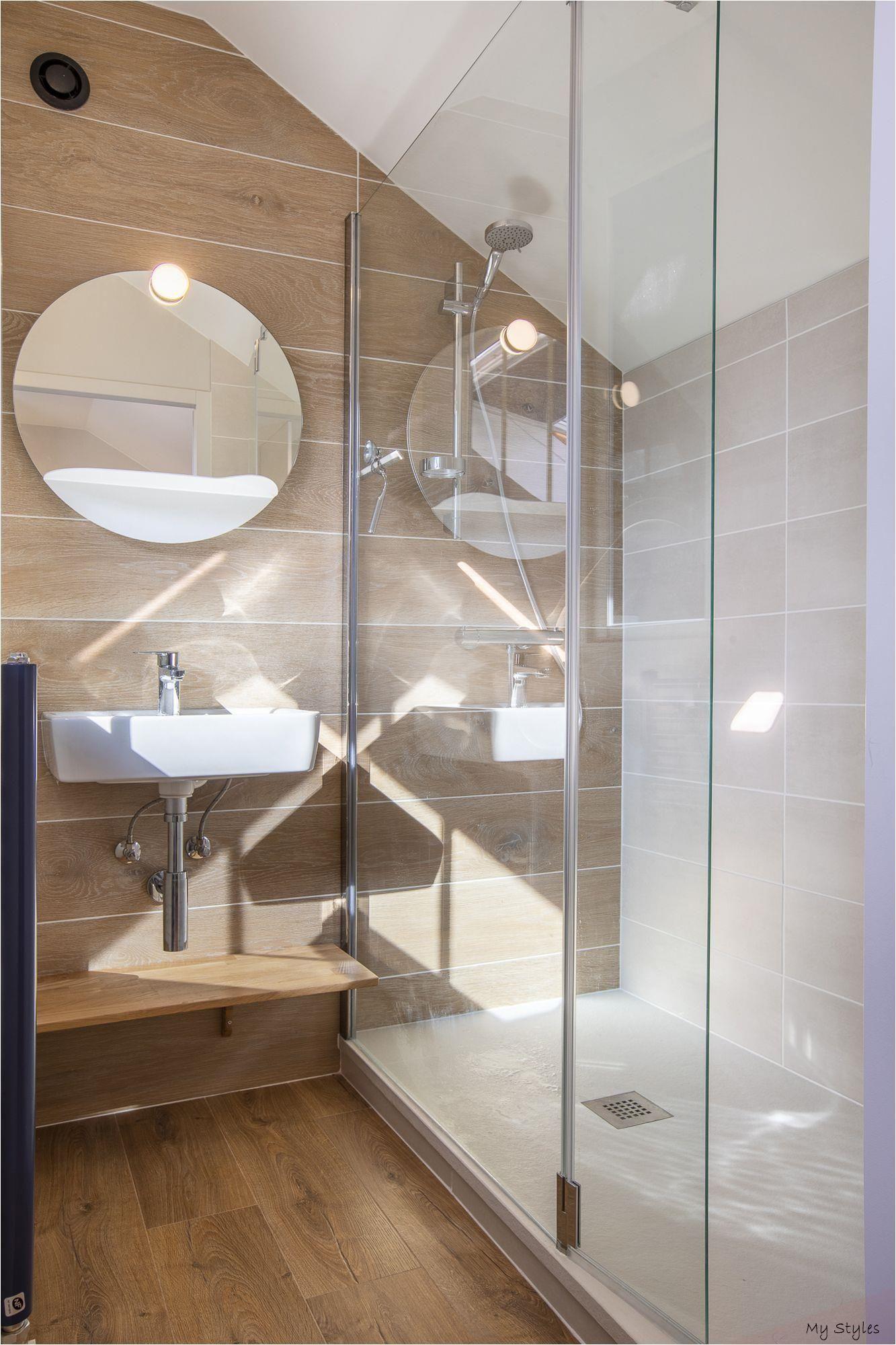 30+ Exemple de salle de bain sous comble trends