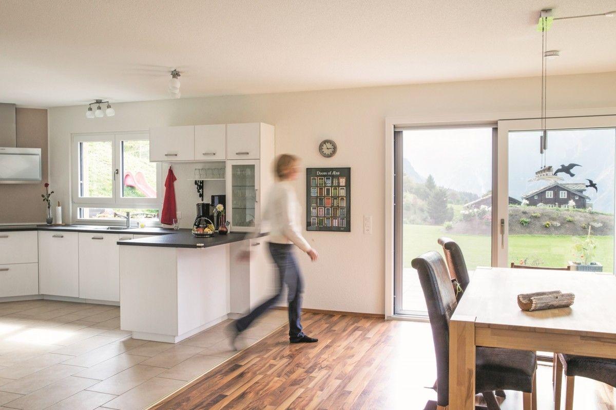 Offene Kche wei mit Esstisch  Wohnideen Interior Design